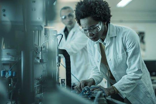 Использование генератора произвольных функцийAFG31000 для перспективных исследований и образовательных программ